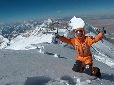 Simone Moro na szczycie Shisha Pangma (fot. Piotr Morawski)