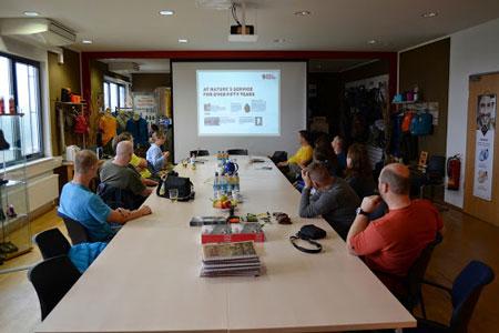 Wizyta przedstawicieli polskich sklepów w fabryce marki Hanwag