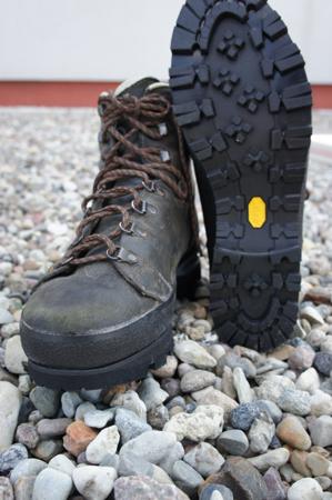 20-letnie buty Hanwaga po wymianie podeszwy (fot. HBMM)