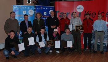 Targi Kielce Sport-Zima 2011, nagrodzeni w kategorii innowacje wraz z jury (fot. 4outdoor.pl)