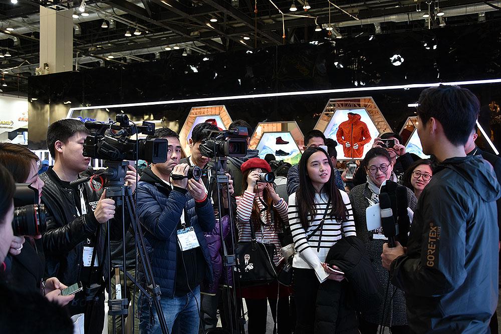 ispo-beijing-2017-gore-tex-event-stoisko-chinski-celebryta2