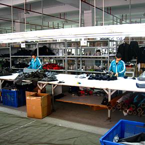 Fabryka produkująca dla Arc'teryxa w Chinach (fot. Arc'teryx)
