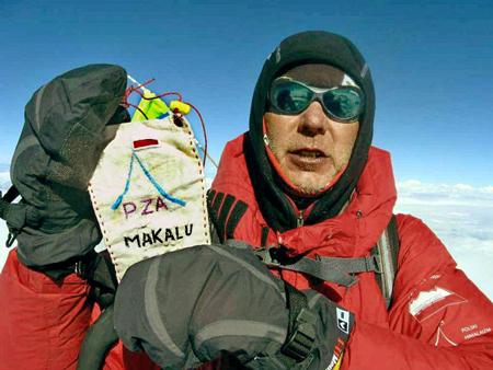 Artur Hajzer na szczycie Makalu (fot. A. Bielecki)