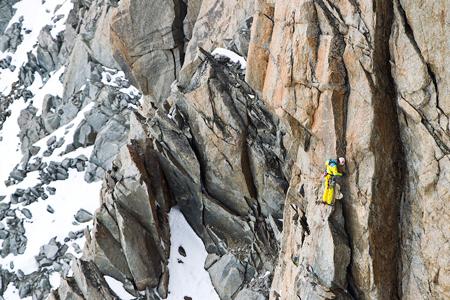 The North Face Exploring The Alps,Hervé Barmasse wyznaczył trzy nowe drogi wspinaczkowe (fot. Damiano Levati)