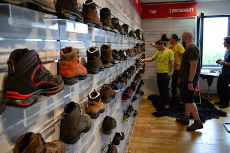 Wizyta przedstawicieli polskich sklepów w fabryce marki Hanwag (fot. Hanwag)