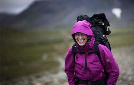 Kurtka ma chronić przed deszczem, śniegiem, wiatrem i oddychać (fot. Fjallraven)