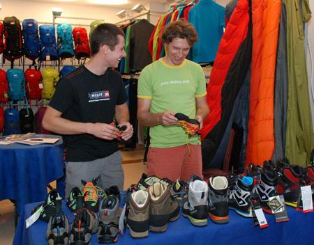 Mateusz Haładaj opowiadał nam o sprzęcie wspinaczkowym marki Millet (fot. 4outdoor)
