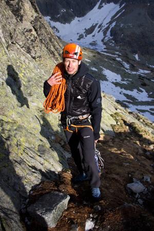 Maciek Ostrowski w trakcie testu (fot. outblog.pl)