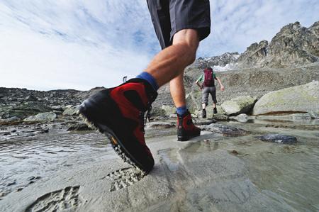 Jak przymierzać buty outdoorowe?