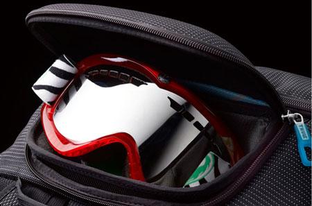 Kieszeń Safe Zone w torbie Tcru-2 marki Thule