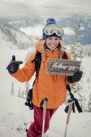Caroline Gleich – specjalista od deski z wiosłem (stand up paddle), narciarstwa big mountain, a także szusowania w puchu