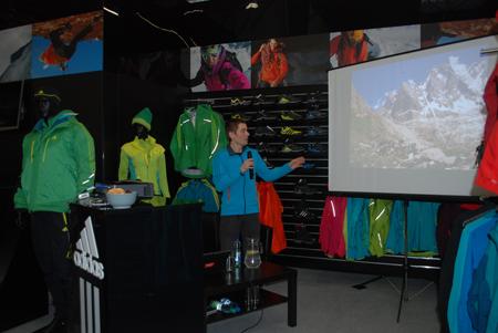 Targi Kielce Sport-Zima 2012, Adam Pustelnik gościła na stoisku marki adidas (fot. 4outdoor.pl)