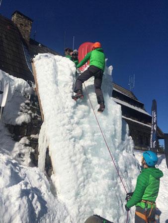 Ścianka lodowa (fot. Wintercamp)