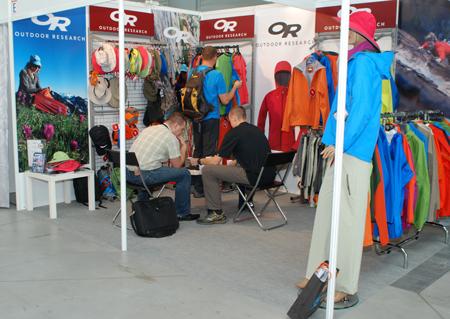 Targi Kielce Sport-Lato 2011, zapracowane stoisko Outdoor Research (fot. 4outdoor.pl)
