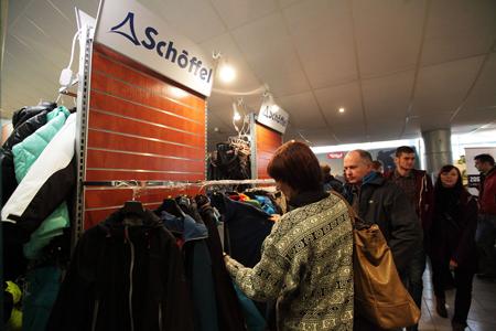 Kiermasz odzieży i sprzętu outdoorowego na 10. KFG – stoisko marek Shoeffel, Craft, Seger i Cobolt (fot. Adam Kokot/KFG)