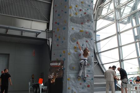 Targi Kielce Sport-Lato 2011, przenośna ściana wspinaczkowa Wall Be Safe (fot. 4outdoor.pl)