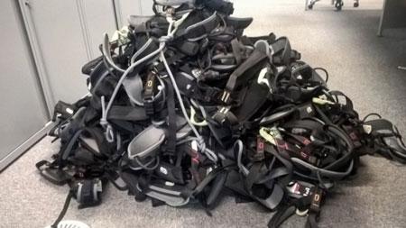 Ryzyko zakupu używanego sprzętu w sieci. Brytyjski urząd zarekwirował ponad 100 uprzęży