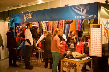 Kiermasz odzieży i sprzętu outdoorowego na 10. KFG – stoisko marki Yeti (fot. Rafał Baran)