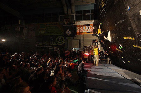 Finał Pucharu Polski w Boulderingu na 7.KFG (fot. Adam Kokot)
