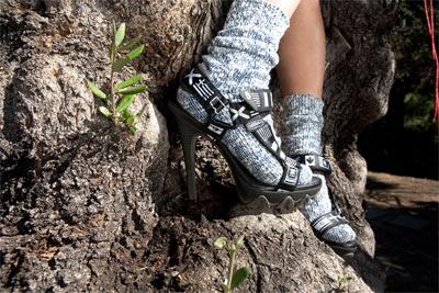 Grey Ant & Teva Stiletto (fot. www.newhighmart.com)