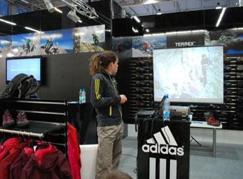 Targi Kielce Sport-Zima 2011, Alex Luger opowiada o swoich wspinaczkowych pasjach (fot. 4outdoor.pl)