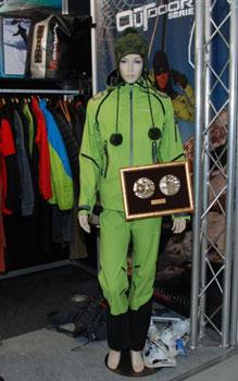 Targi Kielce Sport-Zima 2011, nagrodzona kurtka Trango i spodnie Eiger marki Directalpine (fot. 4outdoor.pl)