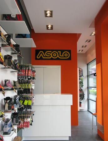 Firmowy sklep marki Asolo w Krakowie (fot. Agnen Sport)