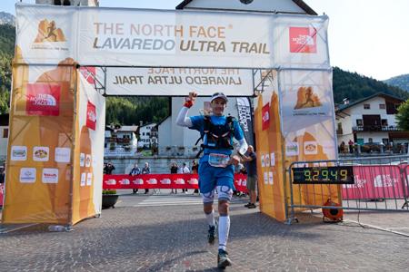 Lavaredo Ultra Trail, zwycięzca - Sebastien Chaigneau (fot. Tristan Shu)