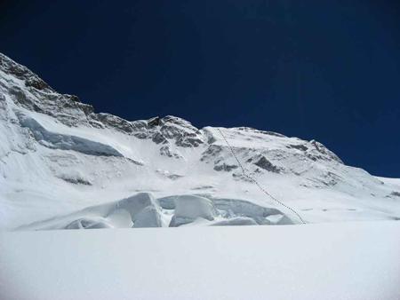 Makalu 2011 - schemat dojścia do przełęczy Makalu La (7200m) planowanego na najbliższe dni działalności (fot. K. Tekieli)