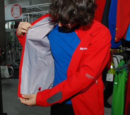 Marmot, kieszenie w Vector Jacket
