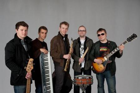 VIII Raciborski Festiwal Podróżniczy Wiatraki 2011, zespół Free Village