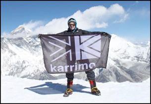 Bonita Norris na szczycie Ama Dablam (fot. Karrimor)