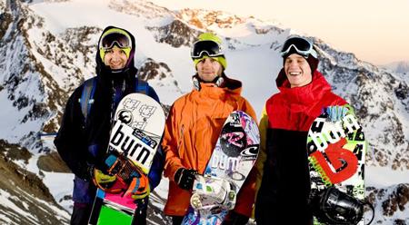 Polski team snowboardowy: Michał Ligocki, Wojtek Pająk i Tomasz Wolak (fot. teamburn.blogspot.com)