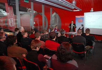 Targi Kielce Sport-Zima 2011, uczestnicy szkolenia zorganizowanego przez Polish Outdoor Group (fot. 4outdoor.pl)