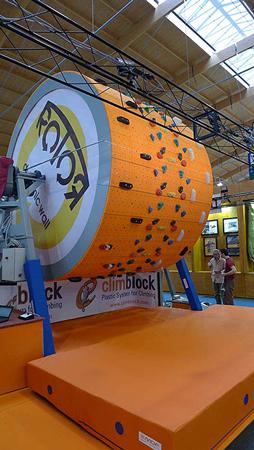 Climblock - człowiek pochodzi od chomika (fot. Tomek Poznański)