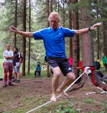 adidas outdoor tour - a także... Beat Kammerlandern slacklinie (fot. 4outdoor.pl)