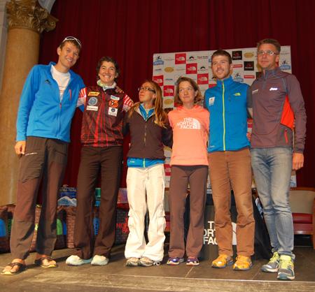The North Face® Ultra-Trail du Mont-Blanc® 2012 - Zwycięzcy 10. UTMB, od lewej: François D'Haene, Emma Roca, Francesca Canepa, Elizabeth Hawker, Mike Foot,  Jonas Buud (fot. 4outdoor.pl)