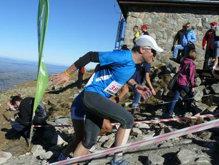 Polartec® Alpin Sport Tatrzański Bieg Pod Górę - Michał Sojka z The North Face na ostatniej prostej (fot. 4outdoor.pl)