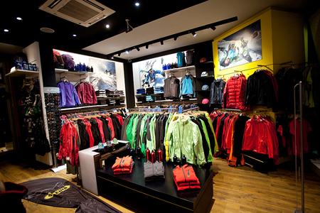 Firmowy salon Salewy w Zakopanem (fot. Polar Sport)