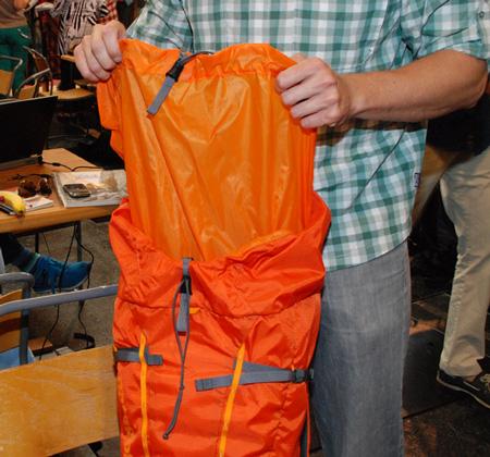Patagonia, wysoki komin w plecaku Ascensionist Pack