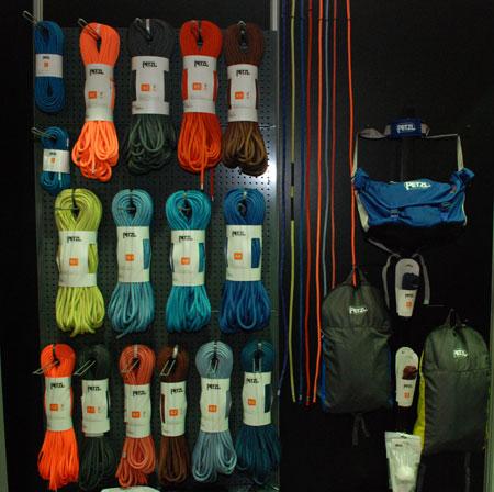 Targi Kielce Sport-Zima 2014 - stoisko firmy AMC - nowe liny marki Petzl (fot. 4outdoor)