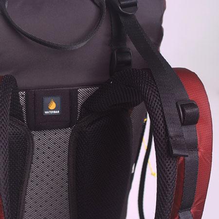 ba334ef7ab1fa Specjalnie przygotowana wersja tego plecaka XC3 AB Edition towarzyszyła  Andrzejowi Bargielowi w zakończonym sukcesem zjeździe na nartach z  ośmiotysięcznika ...