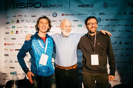 Sir Christian Bonington wraz z organizatorami KFG - Piotrem Turkotem i Wojtkiem Słowakiewiczem (fot. Adam Kokot/KFG)