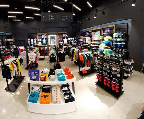 Nowy sklep marki 4F w CH Wola Park w Warszawie – 4outdoor